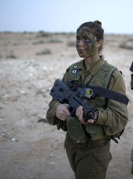 イスラエル軍の女性兵士101