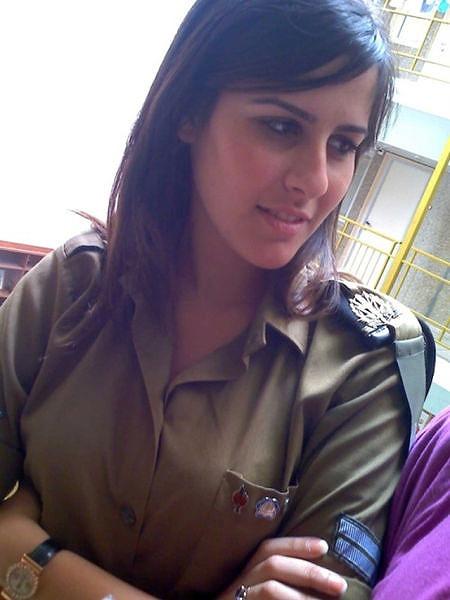 イスラエル軍の女性兵士104