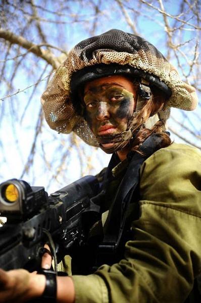 イスラエル軍の女性兵士142