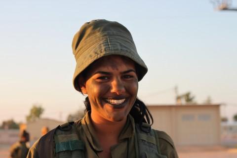 イスラエル軍の女性兵士22