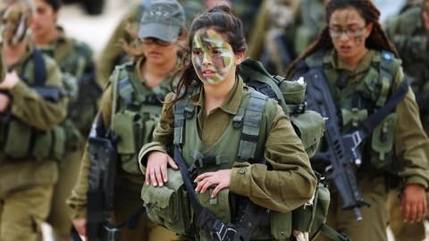イスラエル軍の女性兵士48