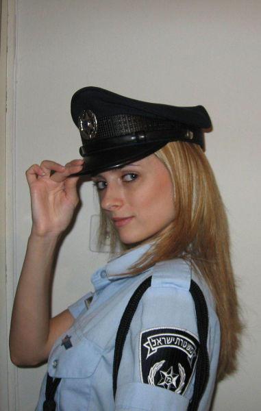 イスラエル軍の女性兵士77