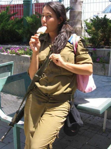 イスラエル軍の女性兵士88
