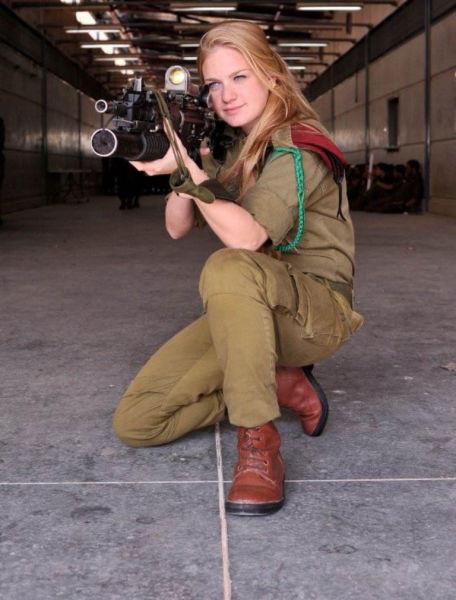 イスラエル軍の女性兵士92