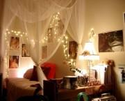 ベッドの照明15