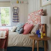 春っぽいピンクの部屋画像