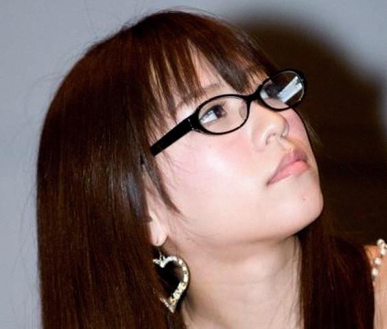 メガネが似合う 眼鏡美女の画像200