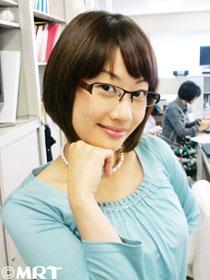 眼鏡をかけた美人女子アナウンサー画像13