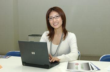 眼鏡をかけた美人女子アナウンサー画像14