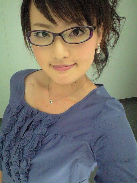 眼鏡をかけた美人女子アナウンサー画像30