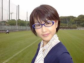 眼鏡をかけた美人女子アナウンサー画像54