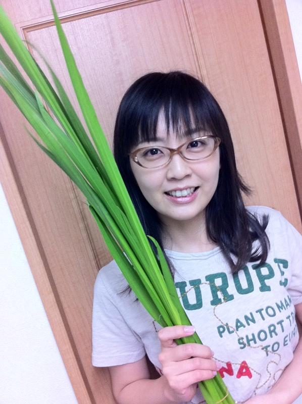 眼鏡をかけた美人女子アナウンサー画像59