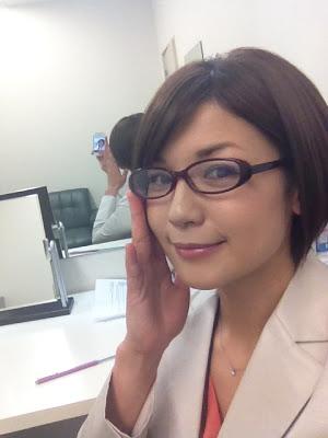 眼鏡をかけた美人女子アナウンサー画像69
