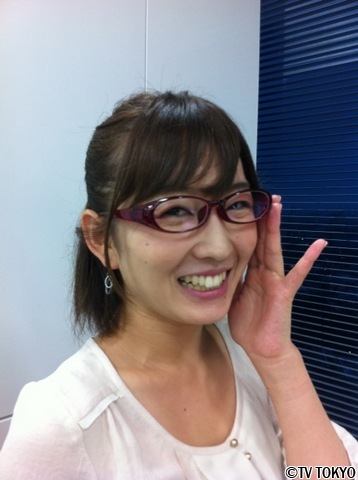 眼鏡をかけた美人女子アナウンサー画像73