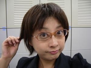 眼鏡をかけた美人女子アナウンサー画像77