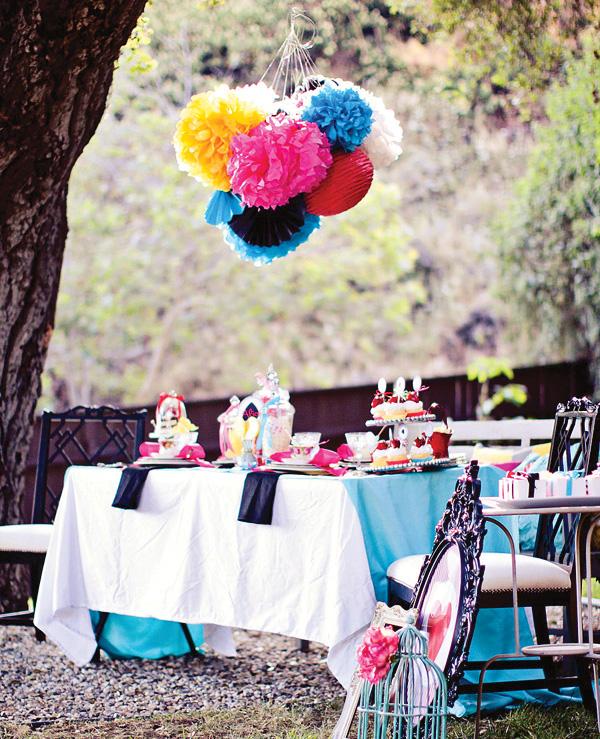 不思議の国のアリスっぽい結婚式が素敵な画像67