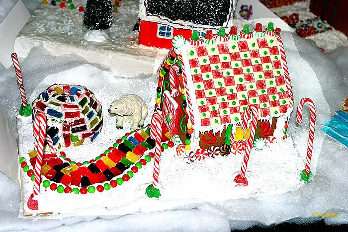 お菓子の家24700