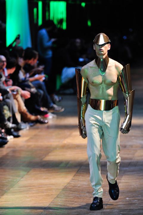 ファッションショー32