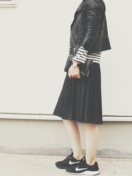 レザースカート24