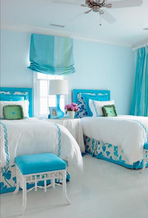 青い部屋133