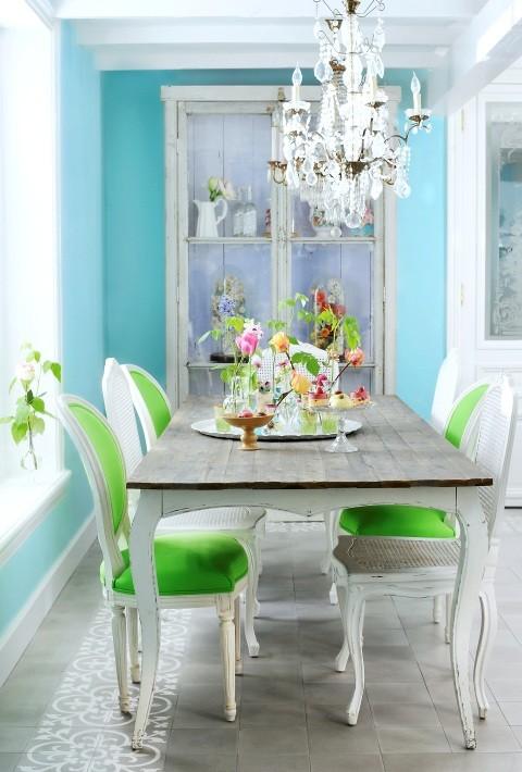 青い部屋143
