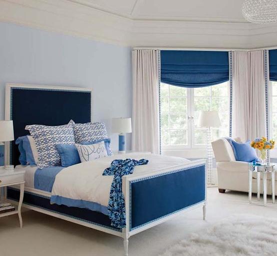 青い部屋155