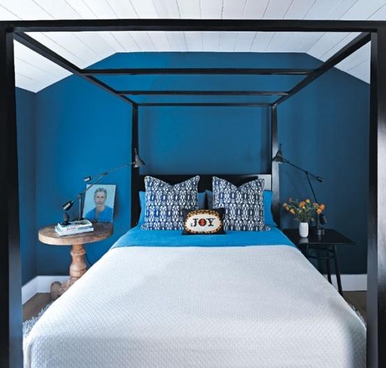 青い部屋156