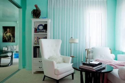 青い部屋67