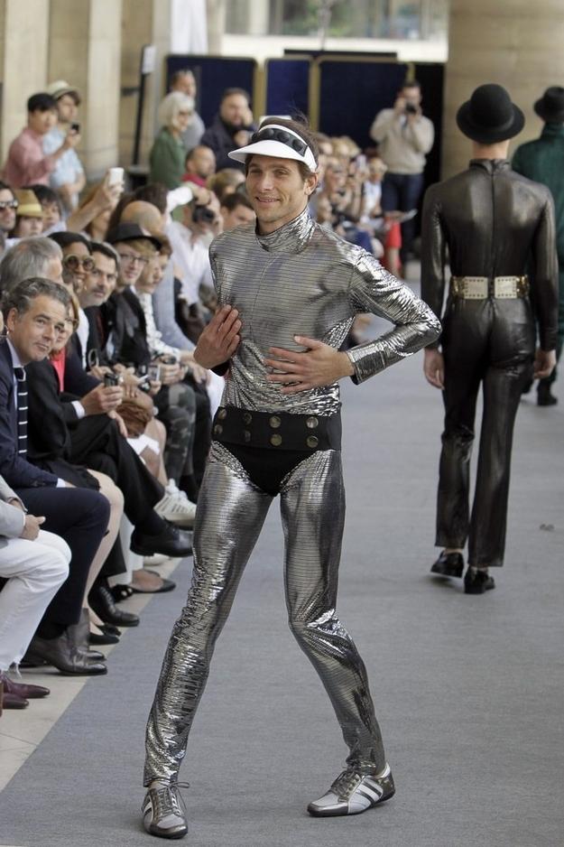 ファッションショー107
