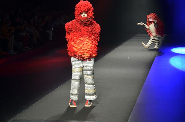 ファッションショー124