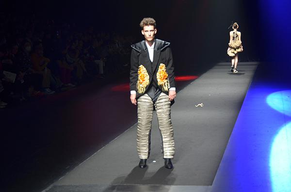 ファッションショー126