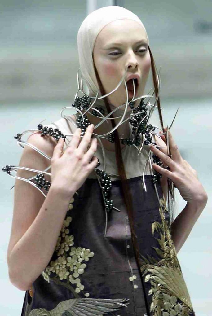 ファッションショー151