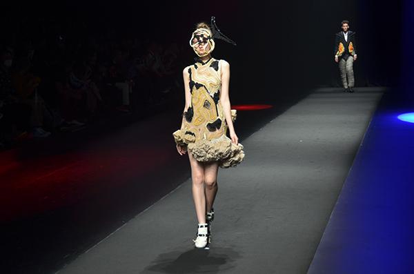 ファッションショー125