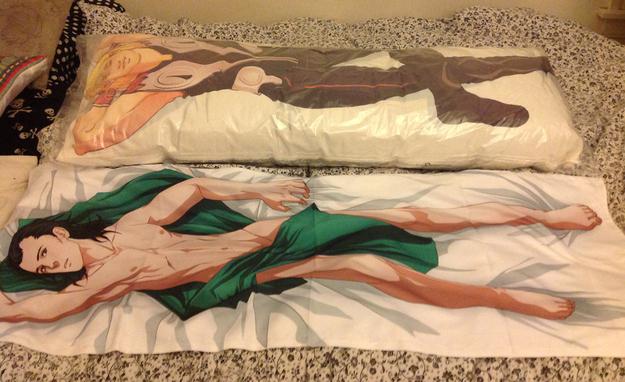 抱き枕37