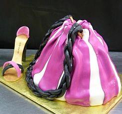 ブランド品のデザイン ケーキ20