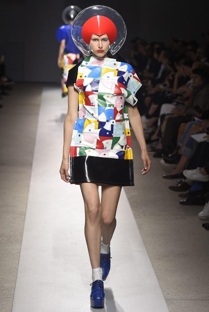 ファッションショー69