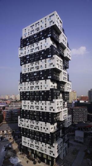 よくわからない建物17